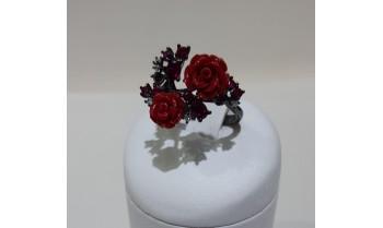 Sortija plata pavonada flor roja 225_PANE56154